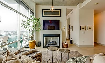 Living Room, 700 12th Ave S, 0