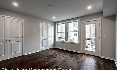Living Room, 752 S 8th St, 1