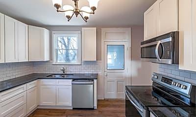 Kitchen, 1811 E Rich St, 1