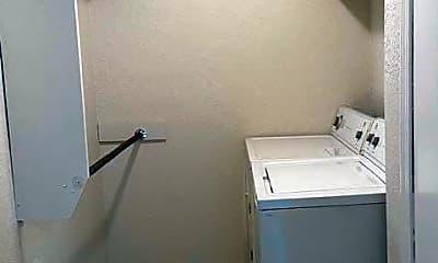 Bathroom, 6620 S Zunis Ave 103, 2