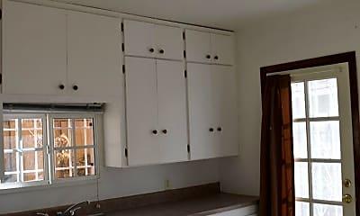 Kitchen, 422 Vassar Dr SE, 2