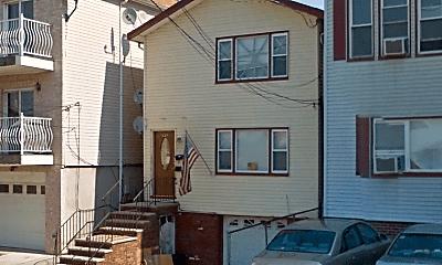 Living Room, 220 Seaview Ave, 2