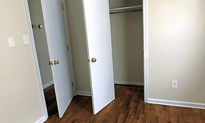 Bedroom, 1700 Joplin Ave, 2