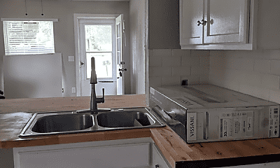 Kitchen, 1330 NW Taft Ave, 2