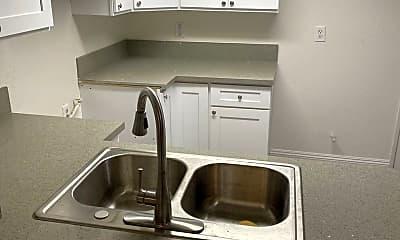 Kitchen, 523 W 7th St, 0