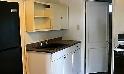 Kitchen, 223 S 28th St, 0