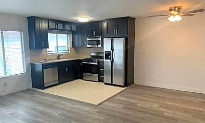 Kitchen, 1530 N Formosa Ave, 0