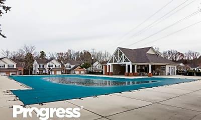 Pool, 2631 Bridgeville Ln, 2