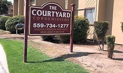 Courtyard Condos, 1