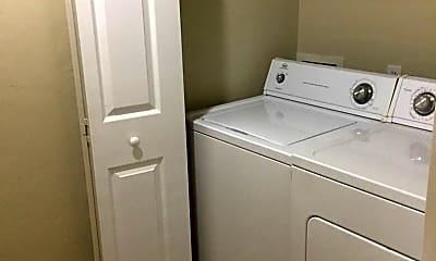 Bathroom, 1710 NW 7th St, 2