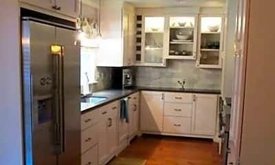 Kitchen, 27485 Main St, 1