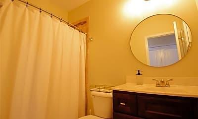Bathroom, 2901 Helmsman Dr, 2