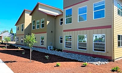 Building, 283 Knox St N, 0