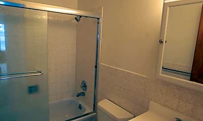Bathroom, 777 Arguello Blvd, 2