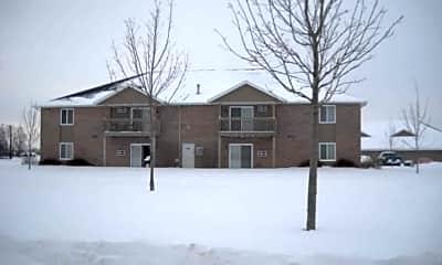 Evergreen Lake Apartments, 1