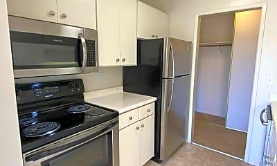 Kitchen, 4 Commodore Drive #439, 2