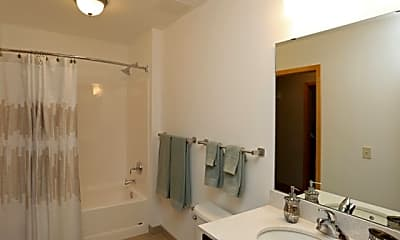 Bathroom, The Lux, 2