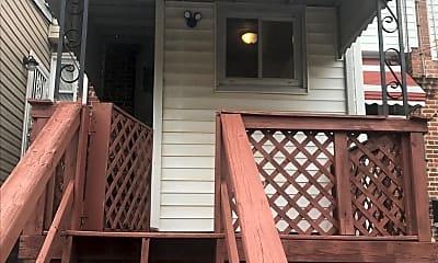 Patio / Deck, 3311 Ravenwood Ave, 2