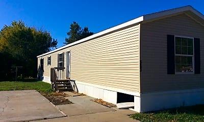 Building, 209 4th St E, 1
