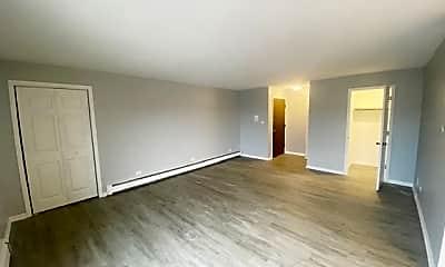 Living Room, 110 W 66th St 1, 1