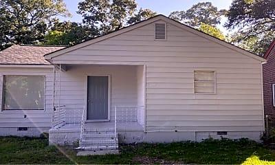 Building, 2343 Huggins St, 1