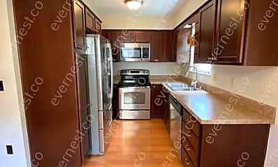Kitchen, 1142 Worthington Woods Blvd, 1