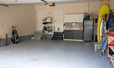 Living Room, 107 Pine Needle Cir, 2