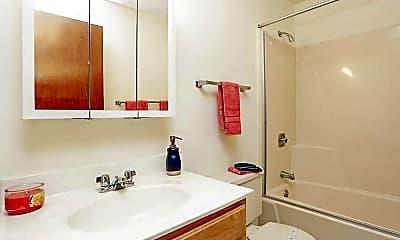 Bathroom, Windsor on the River, 2