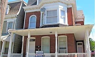 Building, 319 Roosevelt Ave, 0
