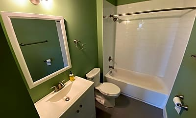 Bathroom, 320 Ashmun St, 1