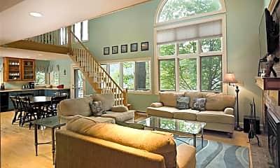 Living Room, 434 Spafford Landing Rd, 1