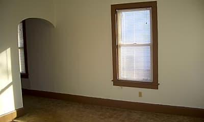 Living Room, 303 S Dudley St, 1