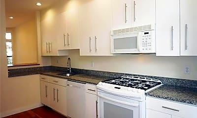 Kitchen, 158 Roberts Rd, 2