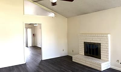 Living Room, 2912 Oak Tree Ave, 1
