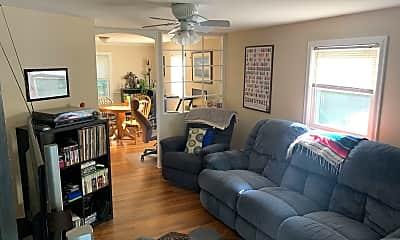 Living Room, 3811 Greenleaf St, 1