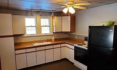 Kitchen, 519 E Elm St, 1