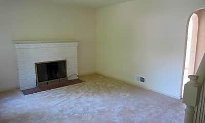 Living Room, 10001 Brunett Ave, 1