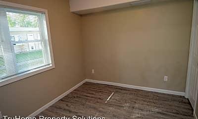 Bedroom, 505 5th Ave NE, 2
