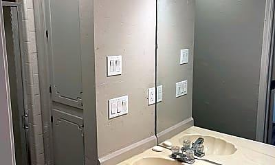 Bathroom, 2115 NW 117th St, 2