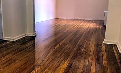 Living Room, 50 S Middle Neck Rd 2J, 0