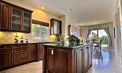 Kitchen, 5393 Stoneview Rd, 1