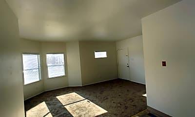 Living Room, 1012 Adeline St, 1