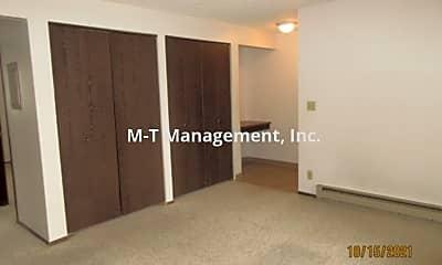 Living Room, 6320 N Calispel St, 1