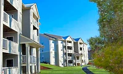 Salem Run Apartments, 1