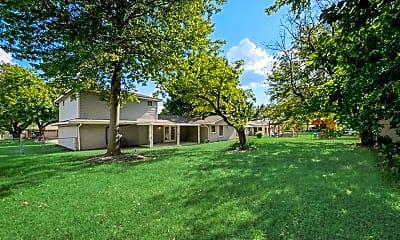 Building, 605 Loma Alta St, 2