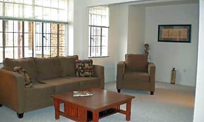 Living Room, 510 16th St, 2