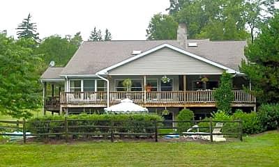 Building, 100 Pine Grove Farms Rd, 0