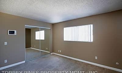 Living Room, 1435 Elder Ave, 1