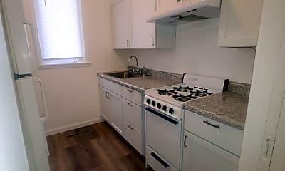 Kitchen, 811 15th St W, 0