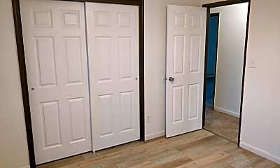 Bedroom, 120 7th St SE, 2